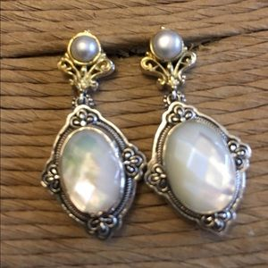 Faceted mother of pearl post earrings